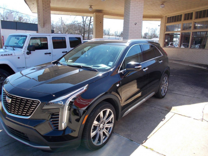 CADILLAC XT4 2019 price Call for Pricing.