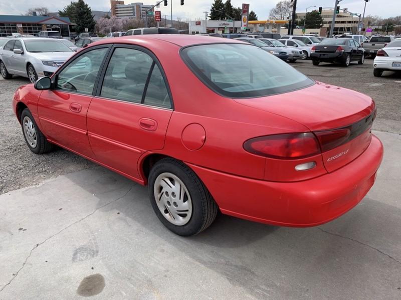 FORD ESCORT 1997 price $2,700