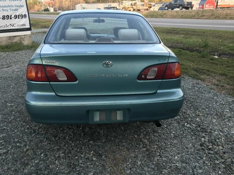 Toyota Corolla 1999 price $1,790