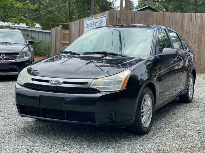 Ford Focus 2011 price $4,800
