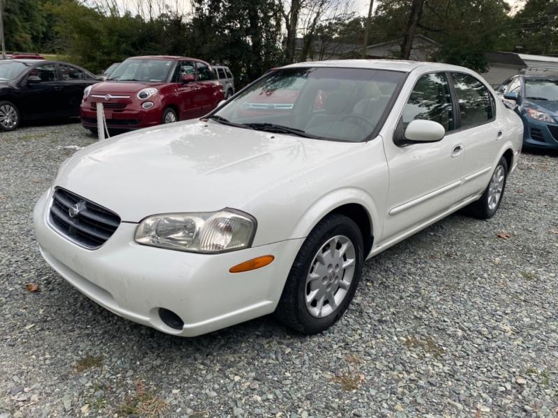 Nissan Maxima 2001 price $3,499