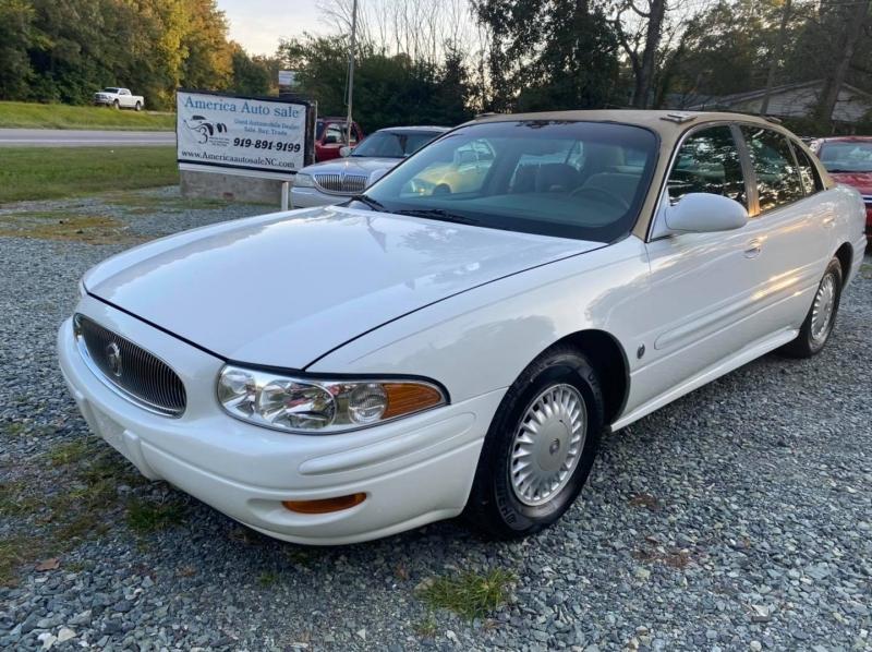 Buick LeSabre 2000 price $4,400