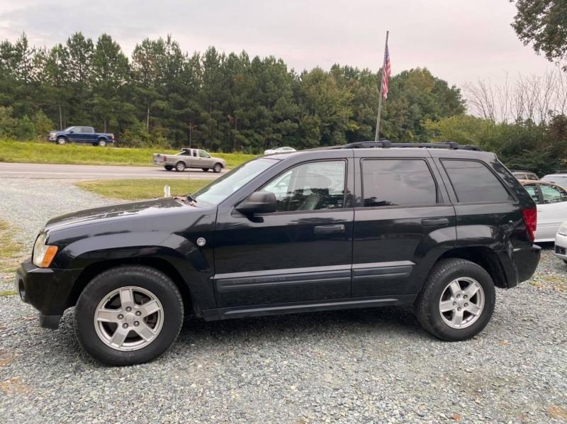 Jeep Grand Cherokee 2005 price $4,400