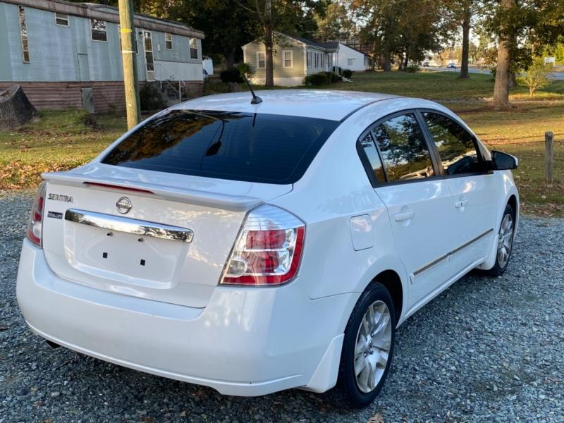 Nissan Sentra 2011 price $3,999