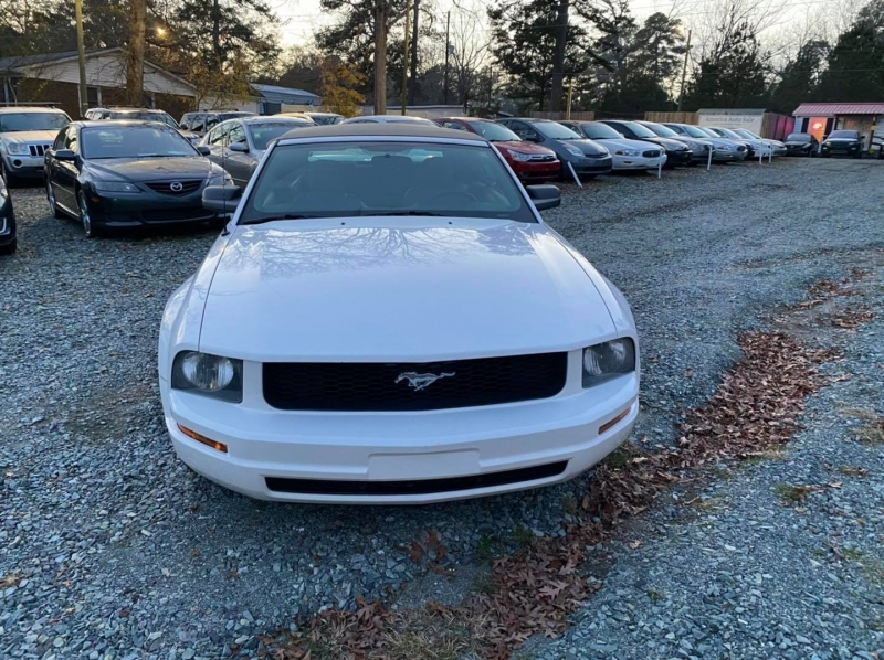 Ford Mustang 2005 price call