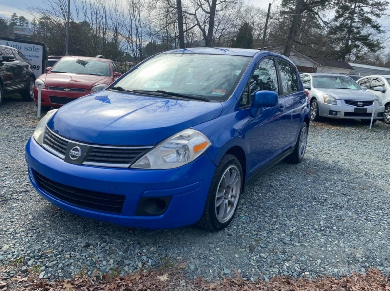 Nissan Versa 2007 price $3,400
