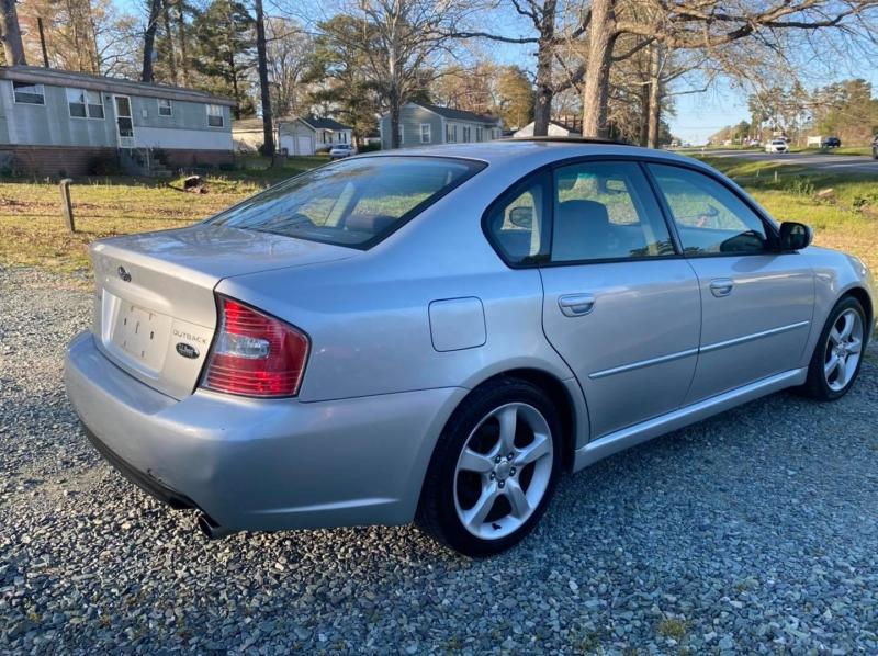 Subaru Legacy Sedan 2006 price $4,400