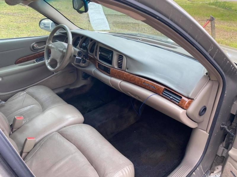 Buick LeSabre 2000 price $2,000