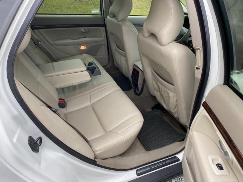Volvo S80 2004 price $4,995