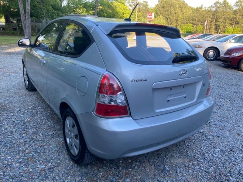 Hyundai Accent 2010 price $3,950