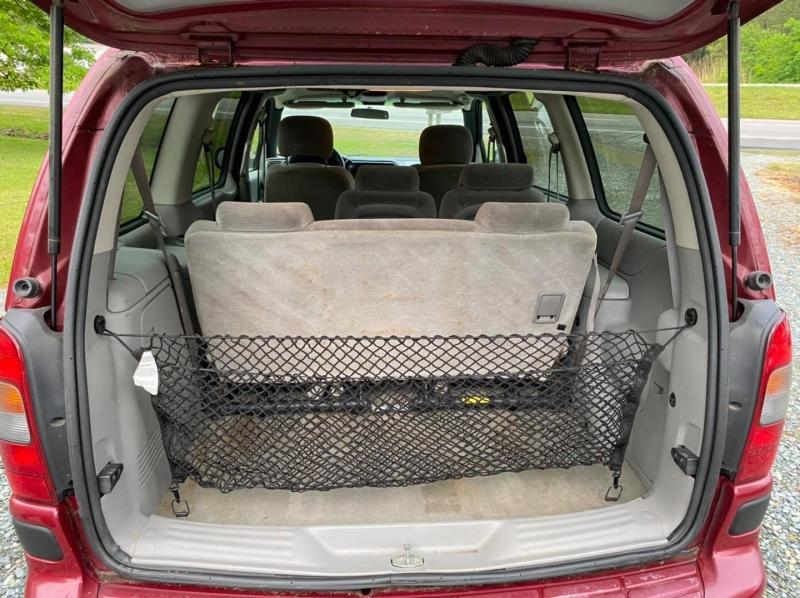 Chevrolet Venture 2004 price $3,350