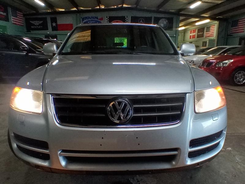 Volkswagen Touareg 2006 price $3,960