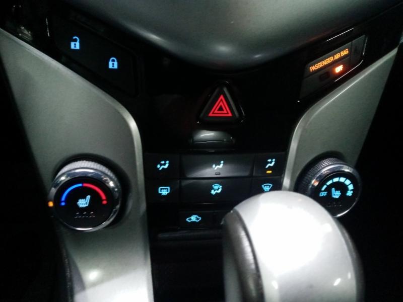Chevrolet Cruze 2013 price $4,390