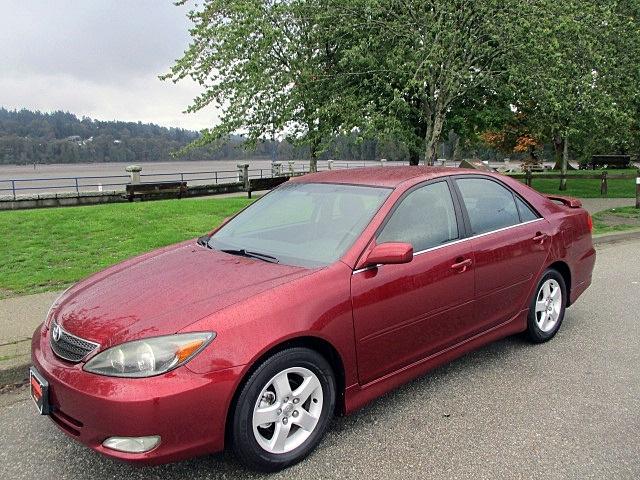 Toyota Camry 2004 price $1,900