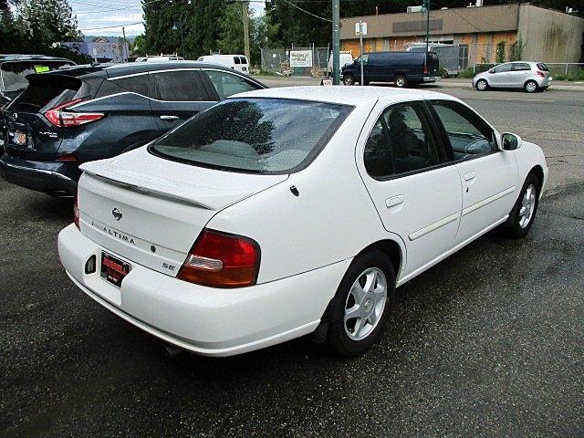 Nissan Altima 1998 price $1,900
