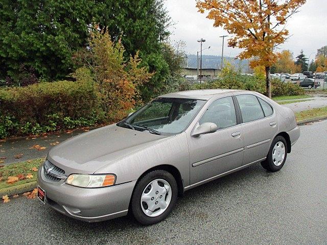 Nissan Altima 2000 price $1,900