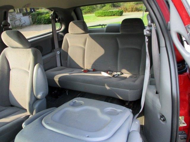 Dodge Caravan 2005 price $2,900