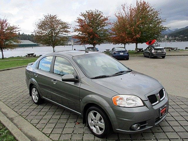 Pontiac G3 Wave 2009 price $3,900