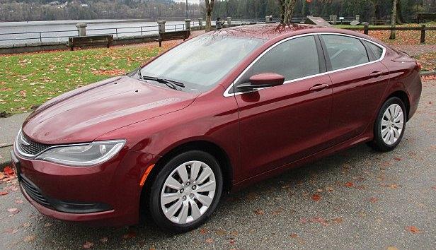 Chrysler 200 2015 price $7,900