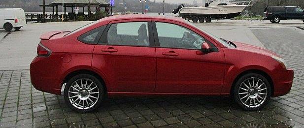 Ford Focus 2010 price $3,900