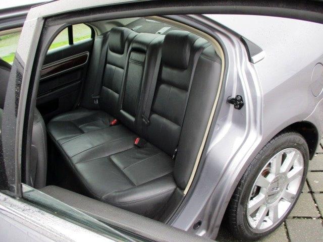 Lincoln Zephyr 2006 price $3,900