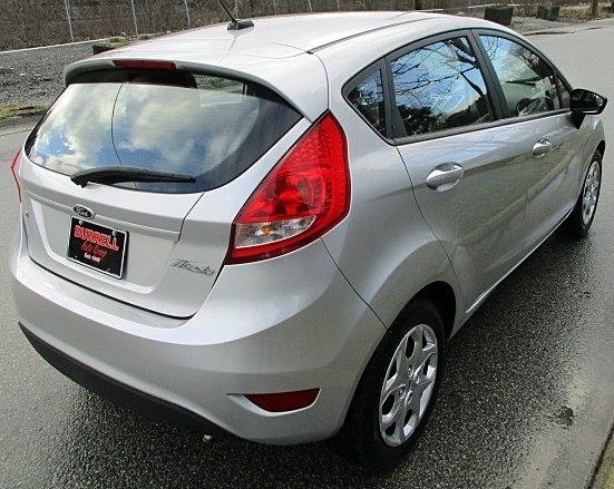 Ford Fiesta 2011 price $4,900