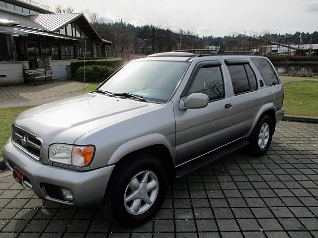 Nissan Pathfinder 2001 price $2,500