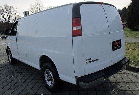 Chevrolet Express Cargo Van 2010 price $8,900