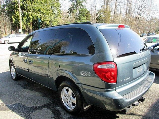 Dodge Grand Caravan 2006 price $2,900