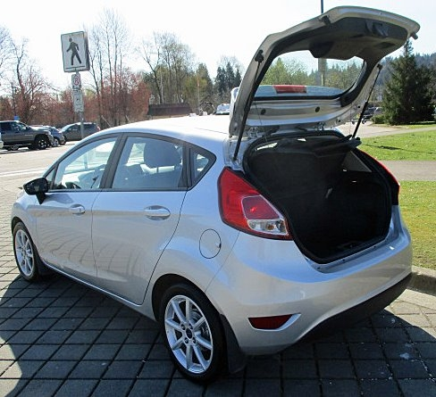 Ford Fiesta 2015 price $5,500