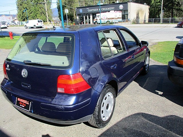 Volkswagen Golf 2002 price $1,500