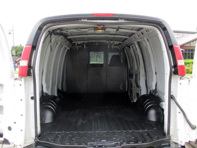 Chevrolet Express Cargo Van 2004 price $7,900
