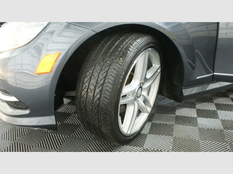 Mercedes-Benz C-Class 2011 price 12500 + $499(D&H)