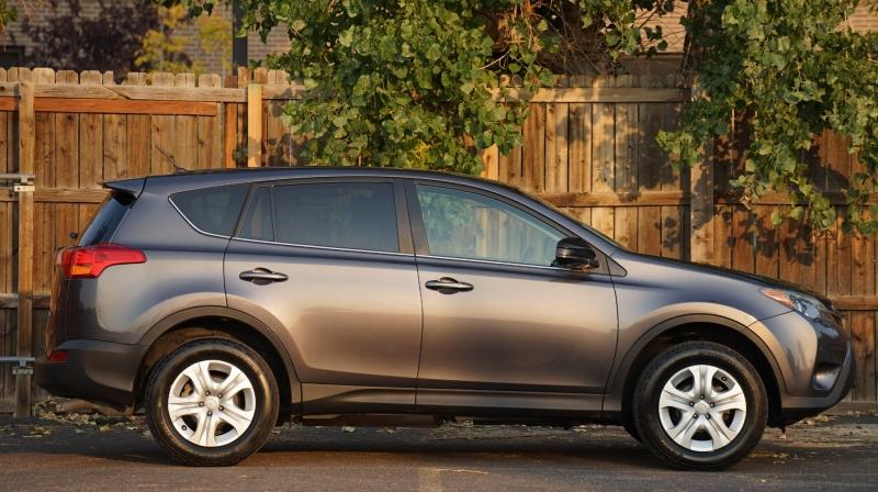 Toyota RAV4 2015 price 17500 + $499(D&H)