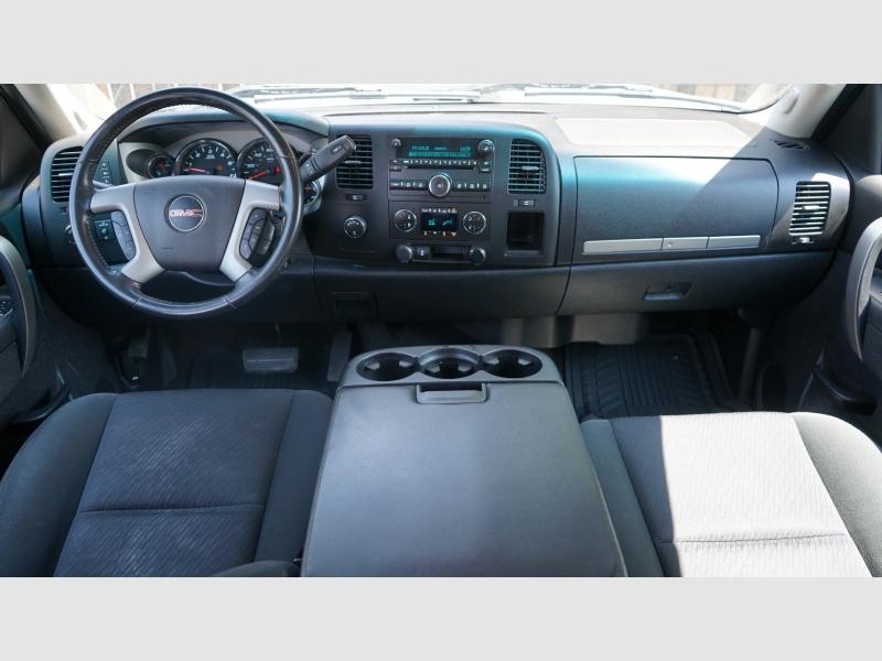 GMC Sierra 1500 2013 price 25900 + $499(D&H)