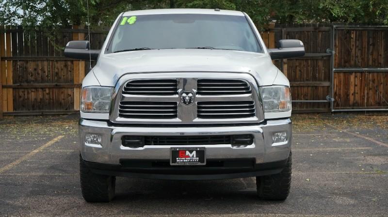 RAM 2500 2014 price 23500 + $499(D&H)
