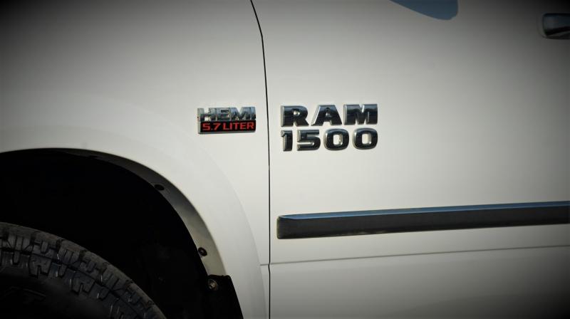 RAM 1500 2014 price 27500 + $499(D&H)