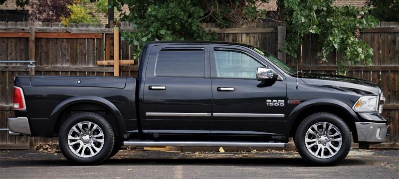 RAM 1500 2015 price 31500 + $499(D&H)