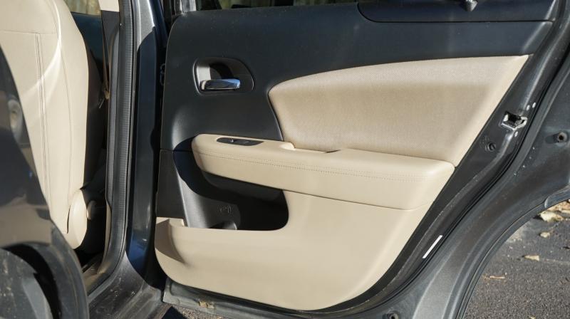 Dodge Avenger 2013 price 8900 + $499 (D&H)