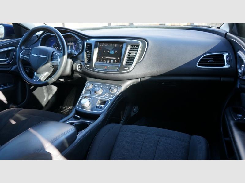 Chrysler 200 2015 price 11990+$499(D&H)