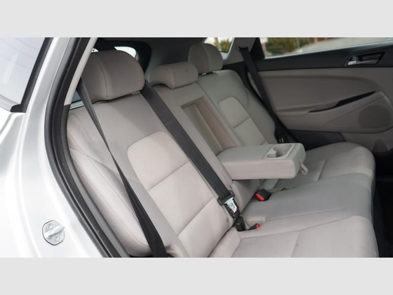 Hyundai Tucson 2017 price 14880 + $499(D&H)