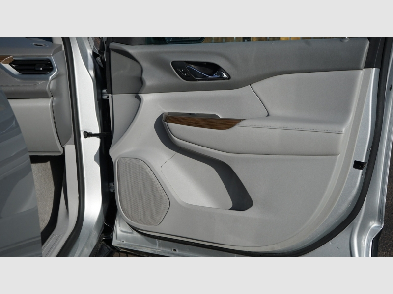 GMC Acadia 2017 price 20900 + $499(D&H)