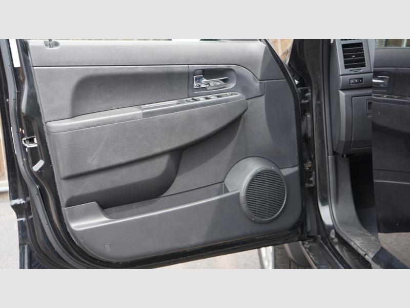 Jeep Liberty 2011 price 12500 + $499(D&H)