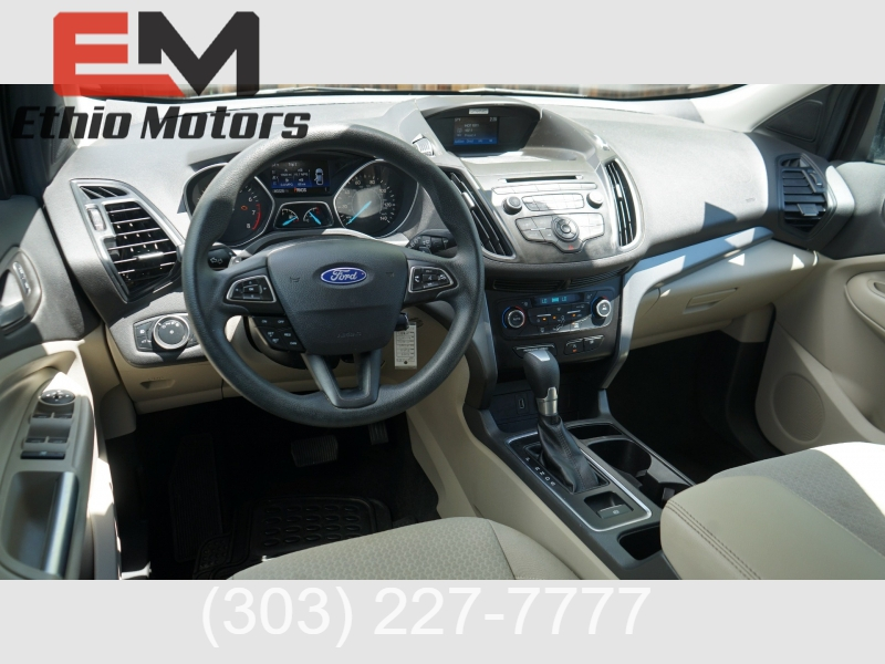 Ford Escape 2017 price 19400 + $499(D&H)