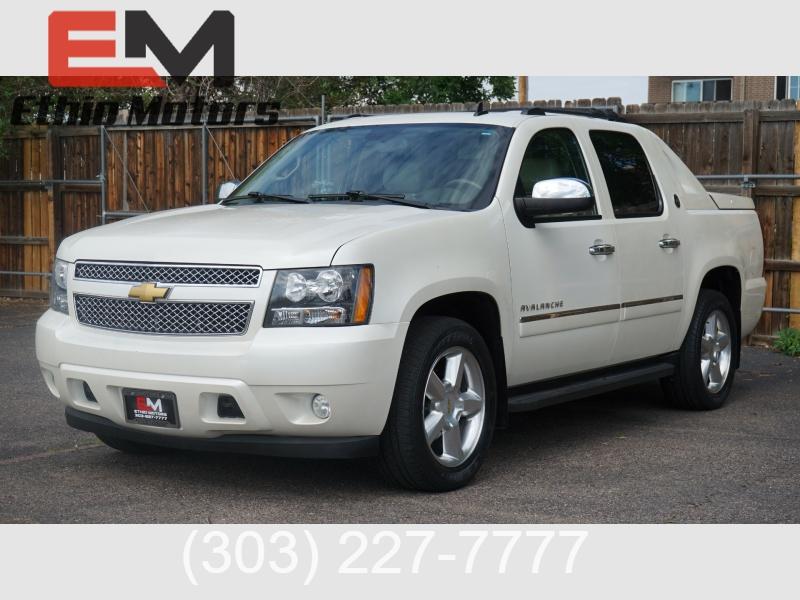 Chevrolet Avalanche 2013 price 22500 + $499(D&H)