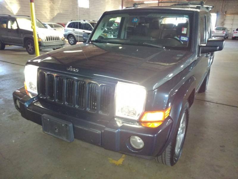 Jeep Commander 2006 price $3,995 Cash