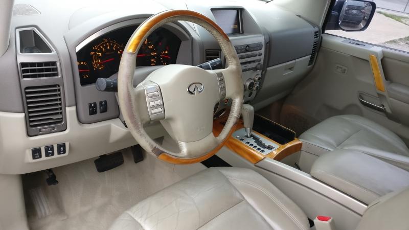 Infiniti QX56 2004 price $3,995 Cash