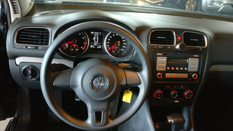 Volkswagen Golf 2010 price $4,495 Cash
