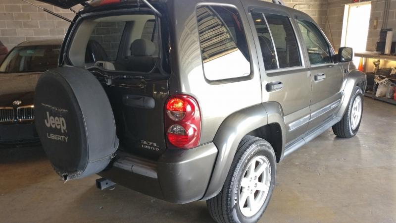 Jeep Liberty 2006 price $4,295 Cash