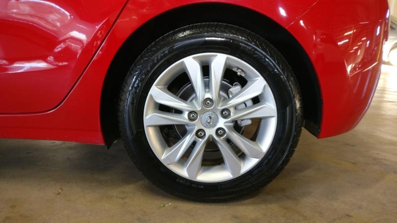 Hyundai Elantra GT 2013 price $5,495 Cash